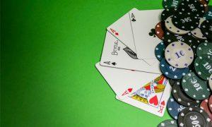 2 pokeritaideteemaista tapahtumaa joista sinun tulisi tietää Blue Line Artsin 300x180 - 2-pokeritaideteemaista-tapahtumaa-joista-sinun-tulisi-tietää-Blue-Line-Artsin