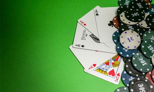 2 pokeritaideteemaista tapahtumaa joista sinun tulisi tietää Blue Line Artsin - 2 pokeritaideteemaista tapahtumaa, joista sinun tulisi tietää