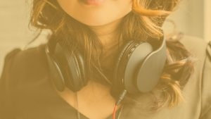 Miksi-pokerinpelaajat-kuuntelevat-musiikkia-pokeriturnausten-aikana