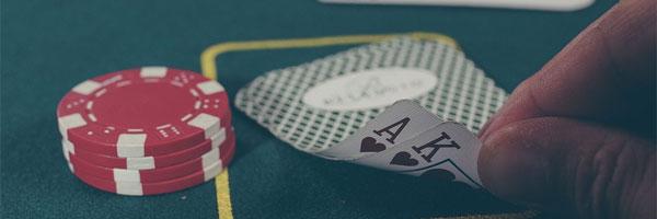 Miksi pokerinpelaajat kuuntelevat musiikkia pokeriturnausten aikana Auttaako se - Miksi pokerinpelaajat kuuntelevat musiikkia pokeriturnausten aikana